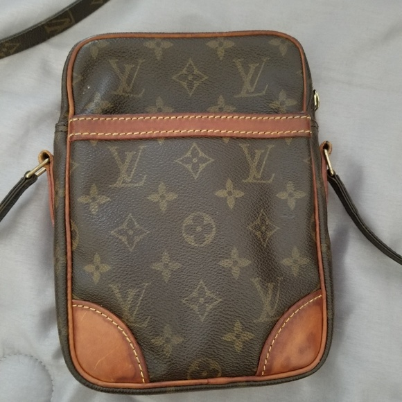 Used Louis Vuitton Bags >> Used Lv Body Bag
